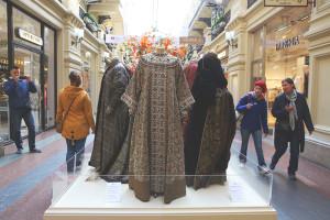 Выставка в ГУМе «Старинный костюм в кино»