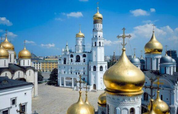 Лучшее время посетить Кремль. Соборная площадь